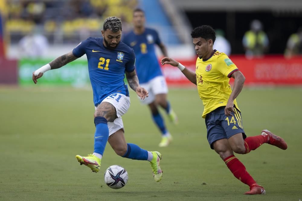 Seleção empata sem gols com a Colômbia e interrompe sequência de vitórias nas Eliminatórias