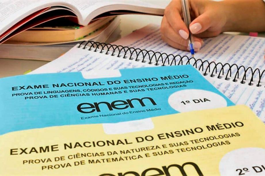 Enem: estudantes têm dificuldade para acessar pedido de isenção de taxa
