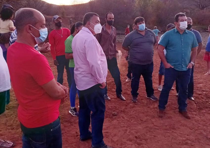 Presidente da Câmara de Vereadores visita lagoa na comunidade de peri-peri em Livramento