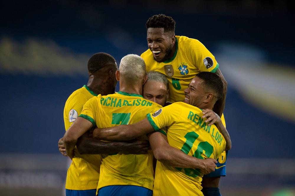 Seleção Brasileira vence Peru por 4 a 0  e segue invicta na Copa América