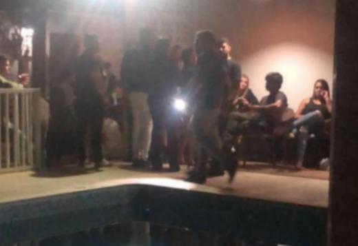 Conquista: Grupo é conduzido pela polícia por promover festa com mais de 100 pessoas
