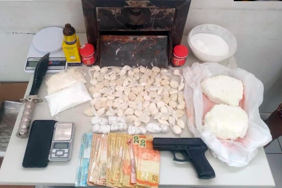 Laboratório para refino de drogas é desmontado no oeste da Bahia