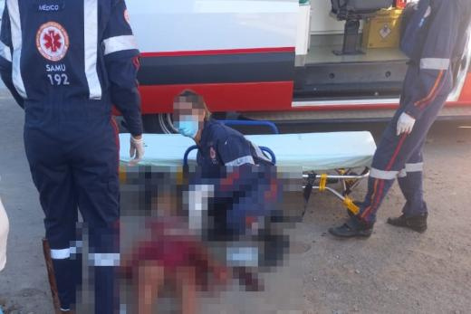 Paramirim: Mulher é esfaqueada por vizinho no bairro Santo Antônio