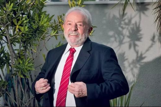 Lula assume em entrevista: 'Serei candidato contra o Bolsonaro'