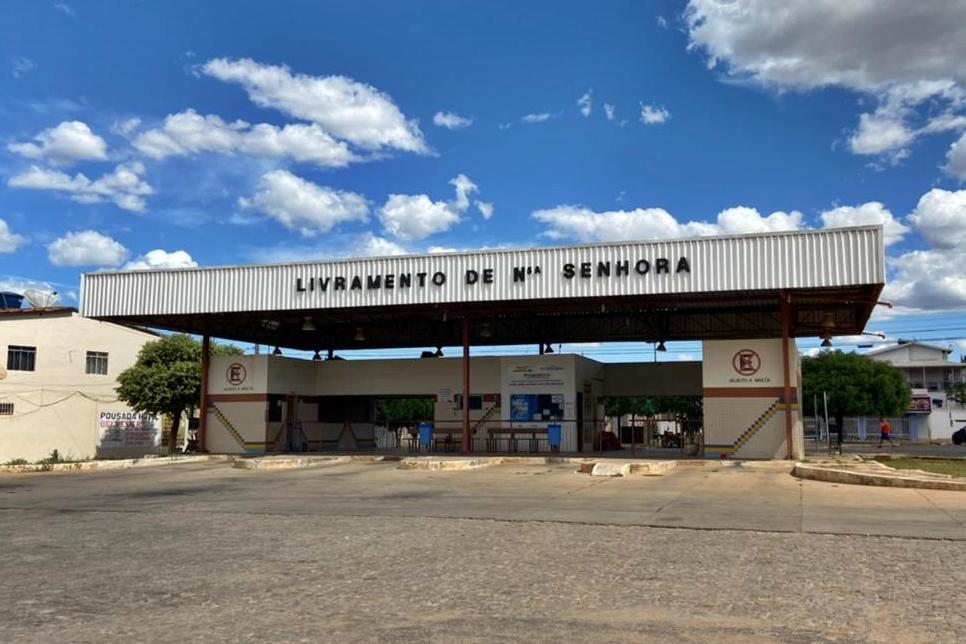 Bahia zera ICMS para empresas de transporte intermunicipal