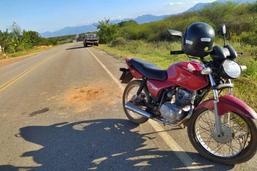 Dom Basílio: Acidente entre caminhão e motocicleta é registrado na BA-148