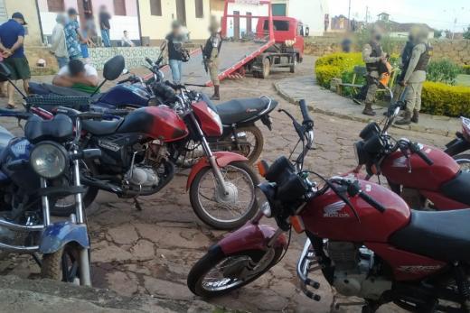 Rio de Contas: CIPE SUDOESTE, TOR e PETO realizam Operação Argos no distrito de Mato Grosso