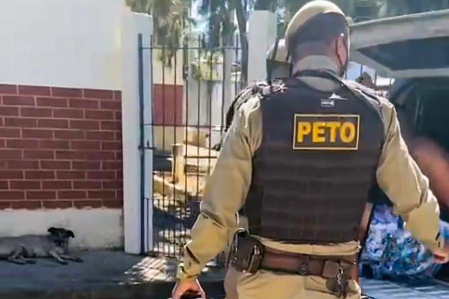 Homem com mandado de prisão em aberto é preso no Povoado dos Pebas em Brumado