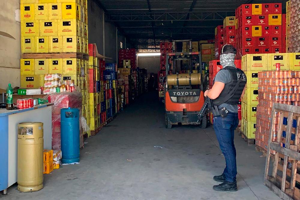 Comerciante é preso em Conquista, acusado de tráfico de drogas e de mandar matar ex-funcionário que abriu loja adversária