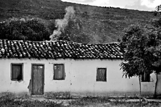 Registros de comunidades quilombolas de Rio de Contas compõem e-book de Álvaro Villela