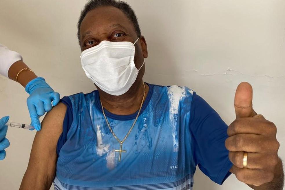 Pelé está internado há seis dias
