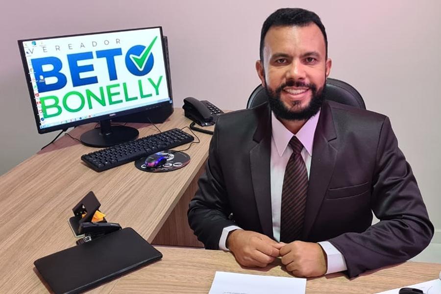 Vereador Beto Bonelly parabeniza Brumado pelos 144 anos