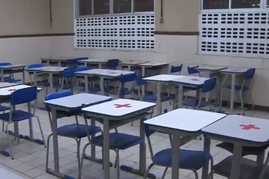 Aulas semipresenciais do ensino fundamental são retomadas na Bahia
