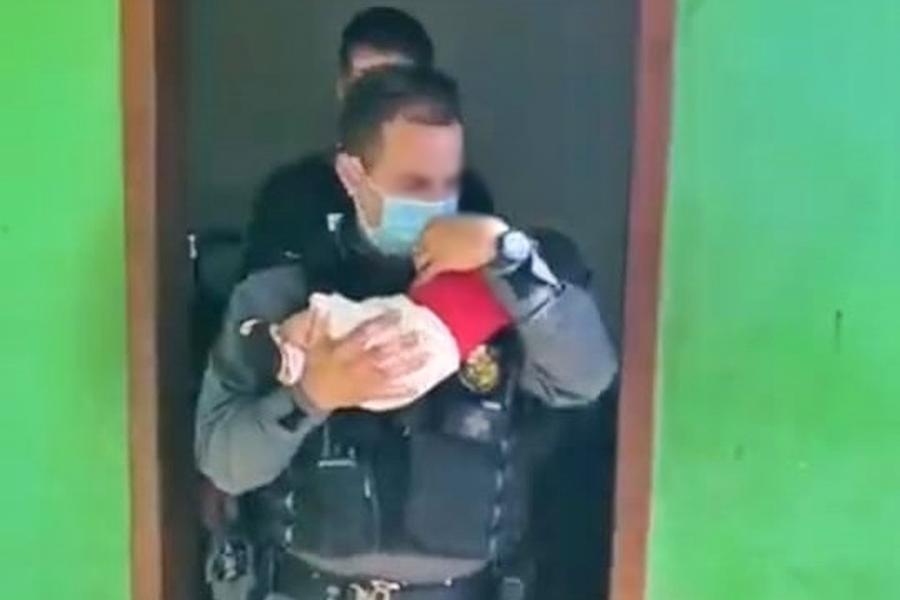 Mãe perde guarda de bebê de 2 meses após deixá-lo como 'garantia' em boca de fumo